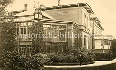 X00933452_operationshaus-hinten Historische Aufnahmen vom Eppendorfer Krankenhaus in  Hamburg.