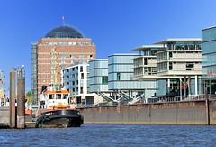 Elbrandbebauung - moderne Architektur in Hamburg Altona.