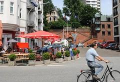 Blick über die Grosse Elbstrasse zur Köhlbrandtreppe.