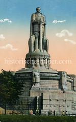 Historische Ansicht vom Bismarck-Denkmal auf dem Elbberg in Hamburg.