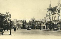 Historische Ansicht von dem Eppendorfer Marktplatz / Landstraße; Straßenbahnen und Haltestelle.