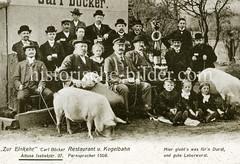 Historisches Gruppenfoto - Gäste des Restaurants Zur Einkehr in Altona, Isebekstraße.