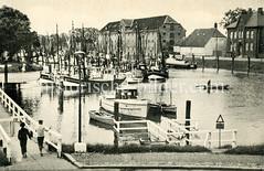 Historische Ansicht vom Fischereihafen Tönning an der Eider.