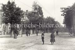 Alte Ansicht der Osterstraße im Hamburger Stadtteil Eimsbüttel; Kreuzung Emilienstraße.