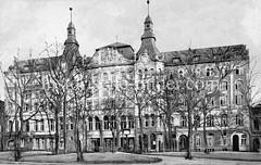 Historische Ansicht vom Hamburger Gewerkschaftshaus am Besenbinderhof in Hamburg St. Georg.