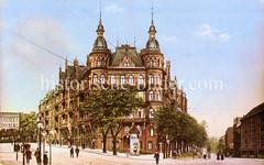 Historische Bilder aus dem Hamburger Stadtteil Borgfelde; gründerzeitliches Etagenhaus mit Türmen und Rund-Erkern in der Klaus Groth Straße.