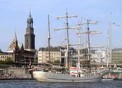 st-pauli-landungsbrucken-segelschiff-franeker