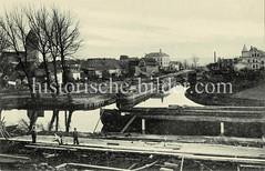 Historisches Panorama vom Hafen und der Schleuse in Parchim.