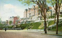 Historische Bilder aus dem Hamburger Stadtteil Borgfelde; Borgfelder Straße - Grünanlage und Etagenhäuser in Oben-Borgfelde.