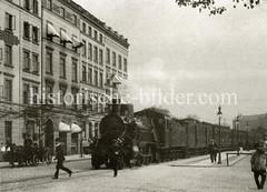 Güterzug auf der Verbindungsbahn in Hamburg Rotherbaum.
