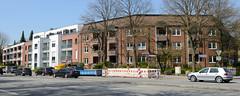 Fotos aus dem Hamburger Stadtteil Niendorf, Bezirk Eimsbüttel; Neubauten an der Friedrich-Ebert-Straße/ Kirchenweg.