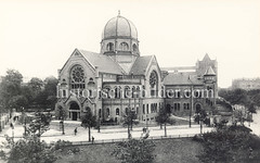 Historische Ansicht der Bornplatz-Synagoge im Hamburger Grindelviertel.