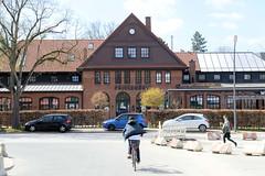 Restauren Pulvermühle in Hamburg Niendorf; benannt nach der dort um 1632 erbauten Pulvermühle.