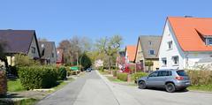 Fotos aus dem Hamburger Stadtteil Niendorf, Bezirk Eimsbüttel; Wohnhäuser / Einzelhäuser mit Satteldach.