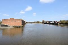 Lagerhaus G am Dessauer Ufer, Hamburg Kleiner Grasbrook; Blick über den Saalehafen - lks. das Dessauer Ufer, re. das Hallesche Ufer. Ufer.