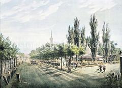 Historische Ansicht der Reeperbahn beim Spielbudenplatz - im Hintergrund das Stadttor / Millerntor und die Kirchturmspitze der St. Michaeliskirche - re. Trichter / Torpavillion.