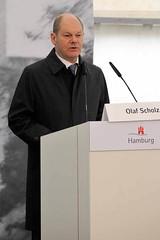Festakt zur Einweihung des Gedenkorts denk.mal Hannoverscher Bahnhof im Lohsepark in der Hamburger HafenCity. Rede von Hamburgs Erstem Bürgermeister Olaf Scholz.