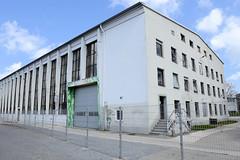 Fotos aus dem Hamburger Stadtteil Groß Borstel, Bezirk Hamburg Nord; Halle auf dem Stüver-Gelände. Auf dem 60 000 m² großen Grundstück sollen 400 Wohnungen entstehen.