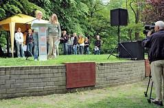 Lesung von Schülerinnen und Schülern gegen das Vergessen in Hamburg Eimsbüttel.