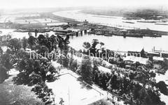 Historische Luftaufnahme von Hamburg Rothenburgsort - Blick über den Traunsgarten und der Billwerder Bucht zu den Wasserwerken und der Norderelbe.