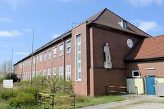 Bilder aus dem Kleinen Grasbrook, Stadtteil in Hamburg; Verwaltungsgebäude der Hamburg Port Authority am Veddeler Damm.