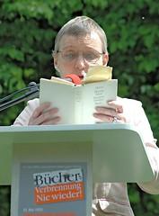 Lesung von Texten aus verbrannten Büchern - Heinrich Heine. (2006)