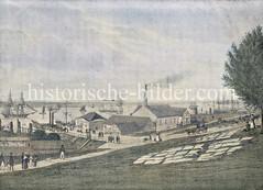 Blick auf die Landungsbrücken in der Hamburger Vorstadt St. Pauli. Ein Fährschiff liegt beim Fährhaus, daneben ein Hanfmagazin, die Dampfwasserkunst und eine Tranhütte; auf der Wiese am Hang liegt Wäsche zum Bleichen.