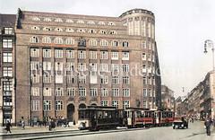 Blick über den Hamburger Gänsemarkt zur Finanzdeputation; fertiggestellt 1926 - Architekt Fritz Schumacher  (ca. 1923).
