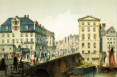 Blick auf die Ellerntorsbrücke in der Hamburger Neustadt - Passanten und eine Kutsche überqueren die Brücke über das Herrengrabenfleet - im Hintergrund Häuser im Alten Steinweg.