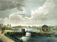 Blick auf die alten Hambuger Wallanlagen / Reste der Befestigungsanlagen am Steintorwall; die Brücke mit der Wache wurde als Ferdinandstor / Neues Tor bezeichnet und führt nach St. Georg.