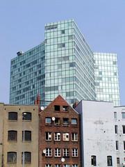 Bilder aus dem Hamburger Stadtteil Neustadt, Bezirk Hamburg Mitte; Häuser am Gängeviertel, dahinter das Unilever-Hochhaus (2001).