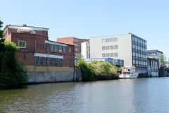 Gewerbearchitektur und Bürogebäude am Billekanal in Hamburg Rothenburgsort.