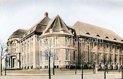 Historische Ansicht vom Museum für Völkerkunde in Hamburg Rotherbaum, ca. 1925. Der Bau des Museums wurde nach Plänen von Albert Erbe 1908 begonnen und 1912 abgeschlossen.