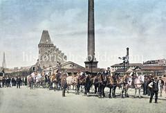 Kesseltransport mit 20 Pferden für das Kesselhaus am Magdeburger Kai - Dampferzeugung / Hochdruckdampf zum Kranbetrieb - im Hintergrund der Kirchturm der Petrikirche. (ca. 1890)