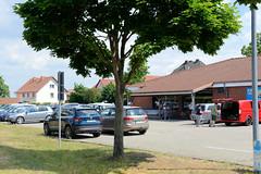 Fotos aus der Stadt Ludwigslust  im Landkreis Ludwigslust-Parchim im Bundesland Mecklenburg-Vorpommern; Supermarkt Aldi / Parkplatz, Neu Torstraße - geschlossen für Neubau.