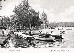 Historisches Foto von Budapest (ca. 1900); Ruderboote am Stadtwald.