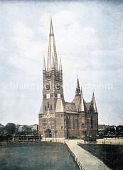 Historische Ansicht der Johanniskirche in Hamburg Rotherbaum / Harvestehude; geweiht 1892 - Architekt W. Hauers.