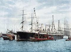 Historische Ansicht vom Schnelldampfer Augusta-Victoria im Werfthafen von Hamburg Steinwerder. Das Schiff war 1888/89 das größte deutsche Passagierschiff mit dem die HAPAG die allererste Kreuzfahrt unternommen hat.