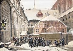 Einer der drei Innenhöfe des Sankt Johannisklosters in der Hamburger Altstadt / jetziger Rathausmarkt. Schüler des dort ansässigen Johanneums liefern sich eine Schneeballschlacht.