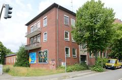 Verwaltungsgebäude der 1960er Jahre am Billhorner Mühlenweg in Hamburg Rothenburgsort.