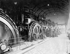 Historische Ansicht vom Maschinenraum im Kraftwerk Bullerdeich in Hamburg Hammerbrook..