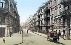 Historische Bilder aus dem Hamburger Stadtteil Borgfelde; mehrstöckige Wohnbebauung in der Elise-Averdiek-Straße - Pferdefuhrwerk, ca. 1900.